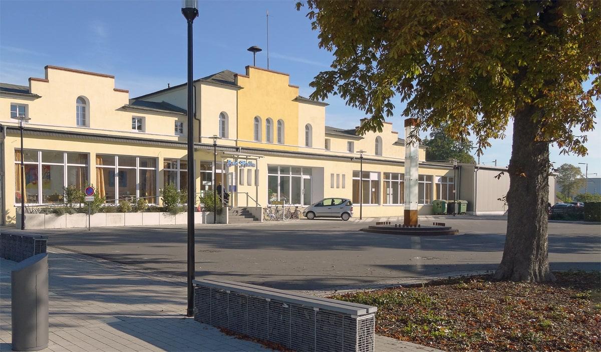Banner Bahnhof